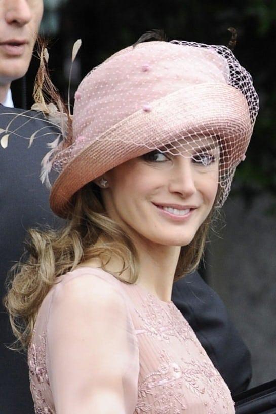 dona-letizia-sombrero-de-pablo-y-mayaya