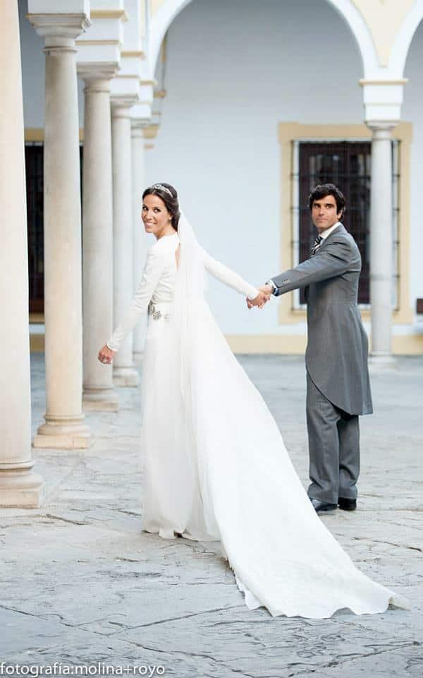 Vestidos de novia en gris plata