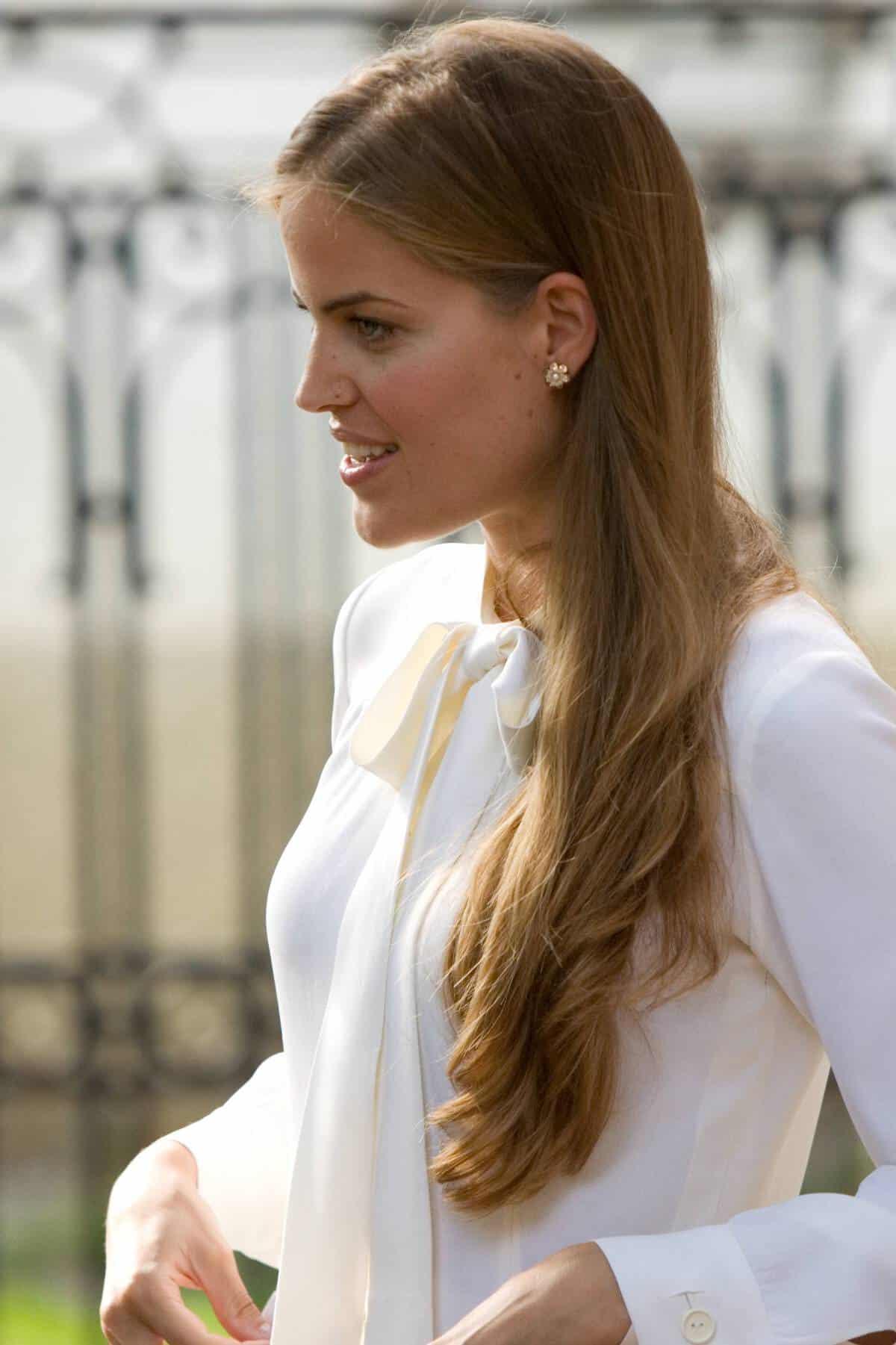boda-formigal-novia-vestido-vintage-madre-pelo-suelto-pendientes-1