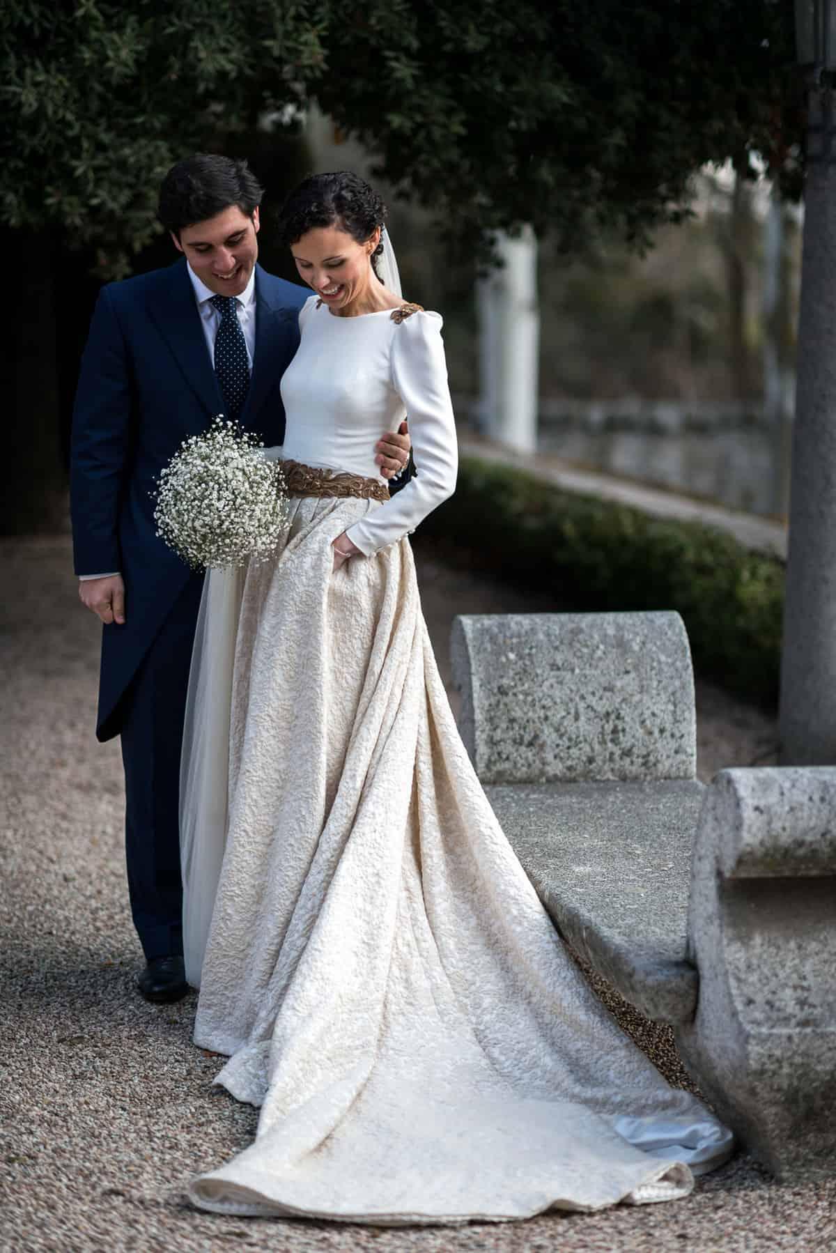 bde43b710 La novia de la falda adamascada - Las bodas de Tatín