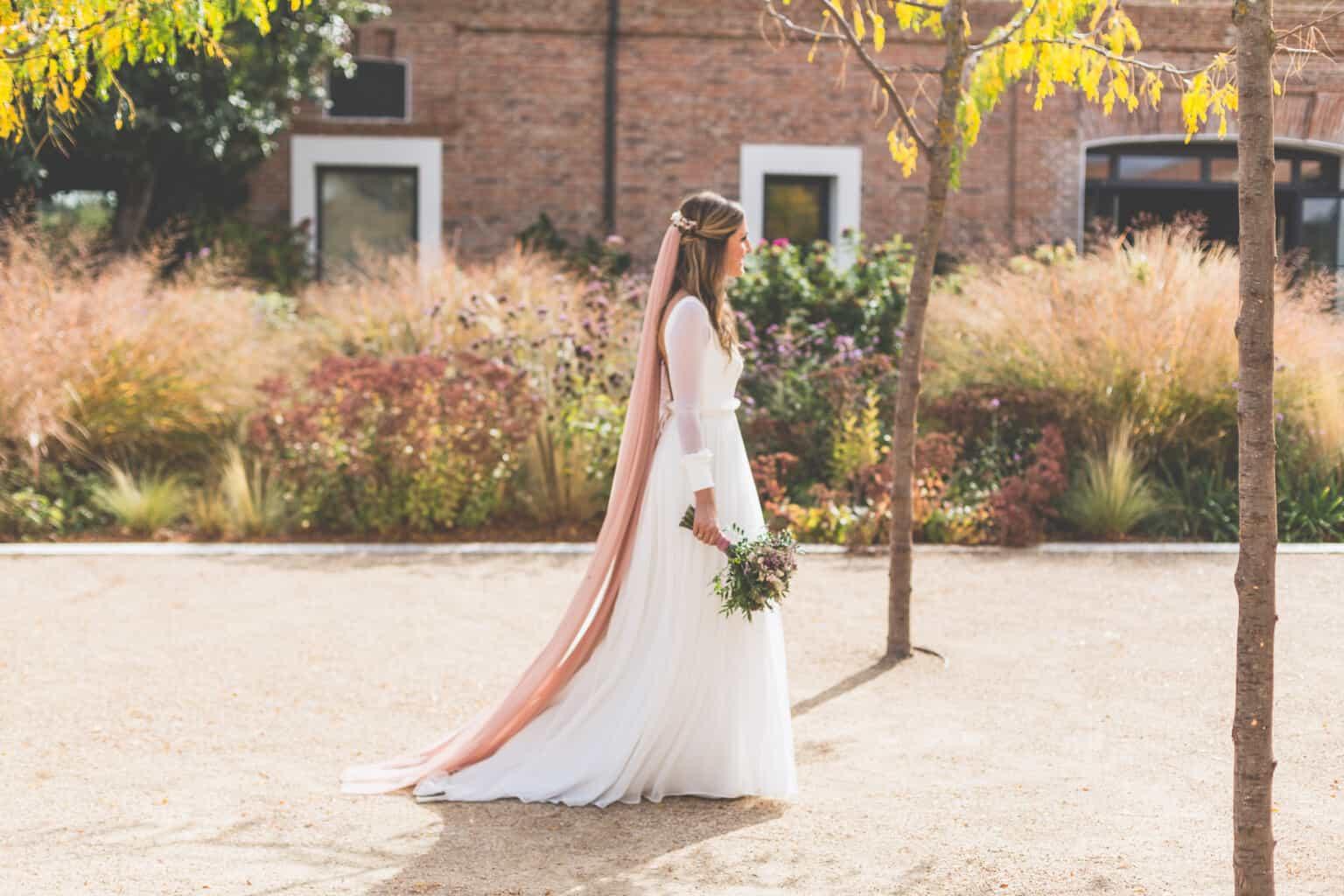13f59ccef La novia del velo rosa - Las bodas de Tatín