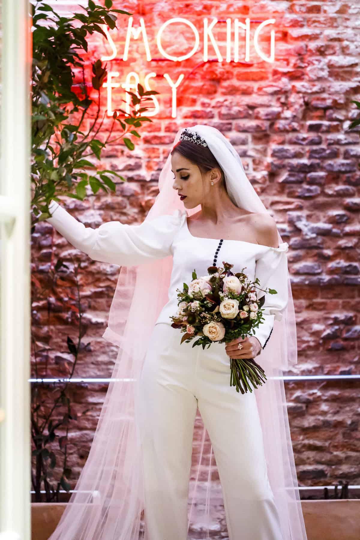 bca7b3236 La novia de los ojos color Coca Cola - Las bodas de Tatín